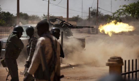 Mali- nuevos combates, más militares IMG